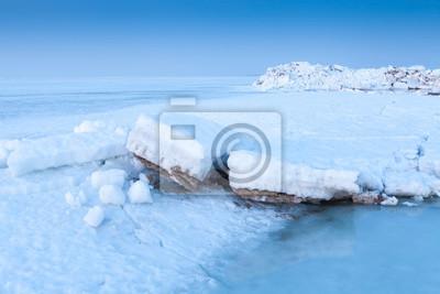 Eisklumpen im Meer
