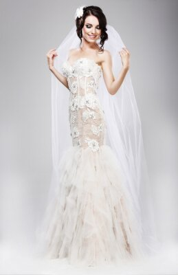 Bild Erwartung. Schöne Braut in Jubilant White Wedding Dress