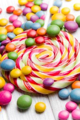 Bild farbigen Süßigkeiten und Lutscher