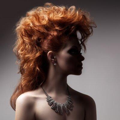 Bild Fashion Portrait Of Luxury Woman mit Schmuck.