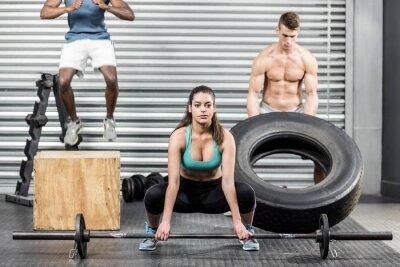 Fit Menschen gemeinsam trainieren