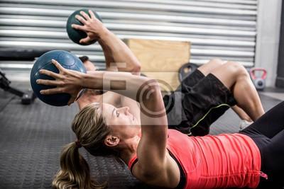 Fit Paar tun Bauch Ball Übung