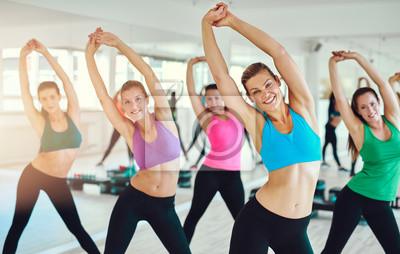 Fit und gesunde Frauen ausüben