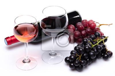 Bild Flasche und Gläser Wein mit roten und schwarzen Trauben