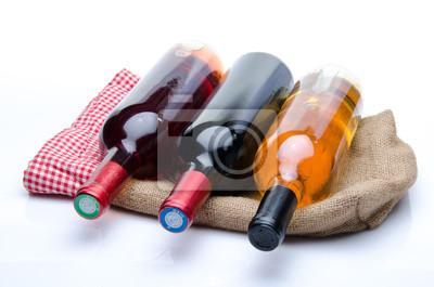 Bild Flaschen Wein auf einem Leinensack