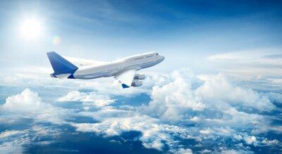 Bild Flugzeug fliegen über Wolken
