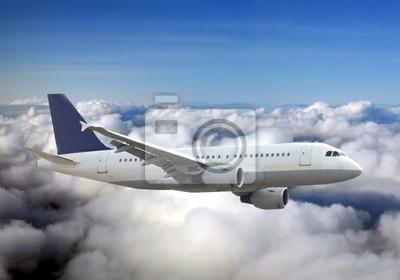 Flugzeug über Himmel