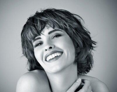 Bild Foto der schönen Frau lacht