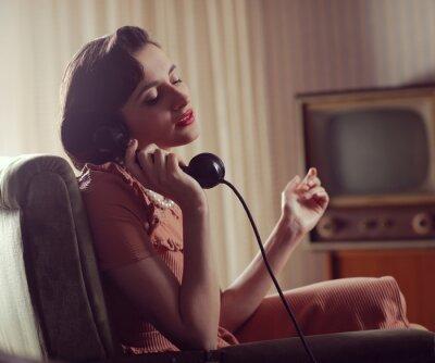 Bild Frau am Telefon