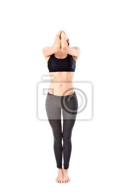 Bild Frau macht eine Yoga Pose: Stehend tiefe Atmung - Pranayama