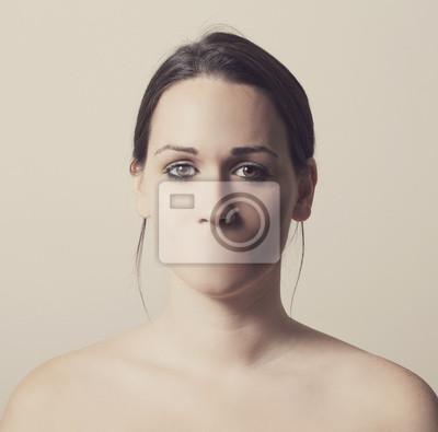 Frau ohne Mund