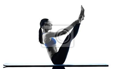 Frau Pilates Übungen Fitness isoliert