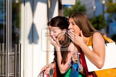 Bild Frauen beim Shopping mit Taschen