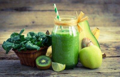 Bild Frische und gesunde grüne Smoothie