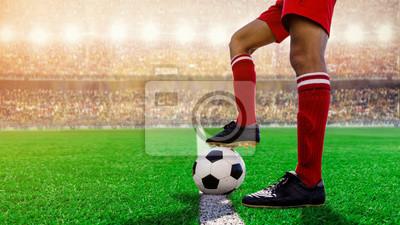 Fußball-Fußball-Kick-off im Stadion