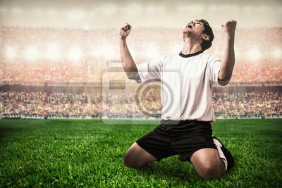 Fußball-Fußballer feiern Tor schießen im Stadion