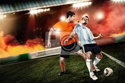 Fußballspieler trat auf das Gesicht anderer Spieler