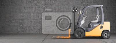Gabelstapler, die auf industrielle schmutzigen Betonwand Hintergrund