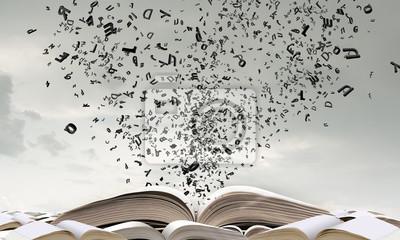 Bild Geöffnetes Buch und Charaktere