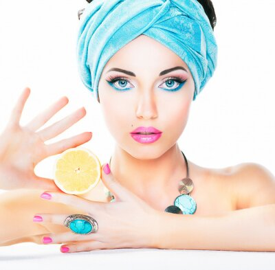 Bild Gesunde Ernährung, Gesundheitsversorgung. Nutrition. Beauty Frau, Zitrone