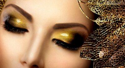 Bild Glamour Make-up. Holiday Gold glitzernden Lidschatten