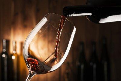 Bild Glas mit Rotwein