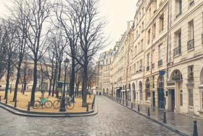 Bild Gloomy day in Paris