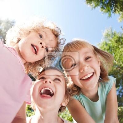 Glückliche Kinder, die Spaß