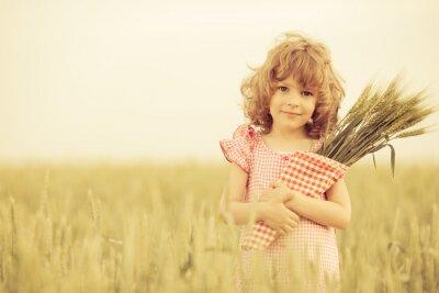 Bild Glückliches Kind im Herbst
