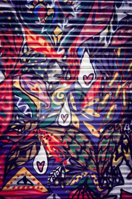 Bild Graffiti coloré sur porte métallique