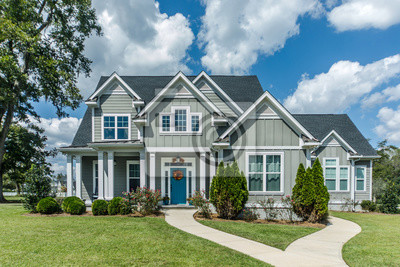 Bild Gray New Construction Modern Cottage Home with Hardy Board Siding and Teal Door with Curb Appeal