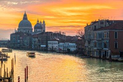 Bild Großartiger Kanal und Basilika Santa Maria della Salute, Venedig, Italien