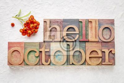 Bild Hallo Oktober Wort abstrtact in Holzart