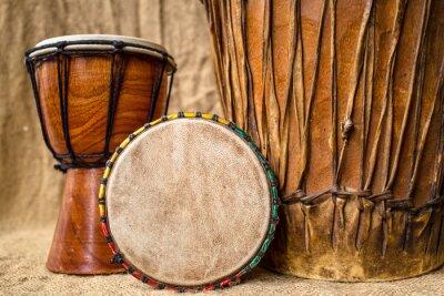 Bild handgefertigte Djembe-Trommeln
