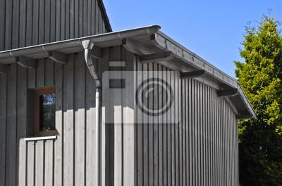 Haus Mit Holzfassade Leinwandbilder Bilder Wirtschaftlich