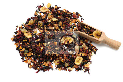 Bild Heap of dry hibiscus tea leaves with fruits and wooden scoop on white background