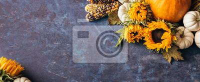 Bild Herbst Hintergrund mit festlichen Dekoration und copyspace.