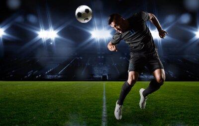 Bild Hispanic Fußball-Spieler-Position der Ball