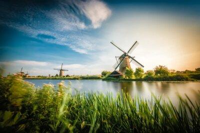 Bild Historiker holländischen Windmühlen in der Nähe von Rotterdam