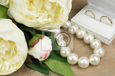 Hochzeit Konzept Goldene Hochzeit Ringe Perle Halskette Und