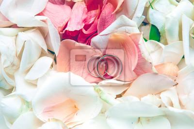 Hochzeit Ringe Auf Blumen Leinwandbilder Bilder Fur Immer