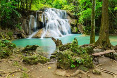 Bild Huai Mae Khamin waterfall in Kanchanaburi province, Thailand.