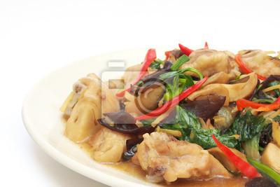 Bild Huhn mit Ingwer gebraten auf dem Teller