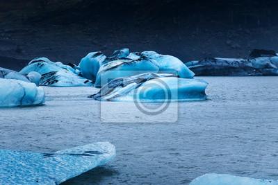 Bild Icebergs floating at Solheimajokull Glacier near Vik in Iceland