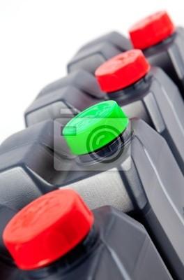 imagen industrial de depositos de plastico aislados en blanco
