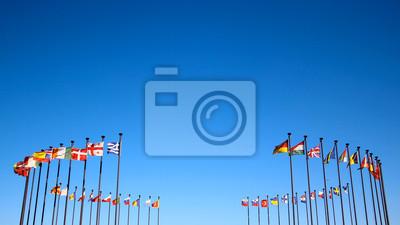 Bild internationale flaggen gegen den Himmel