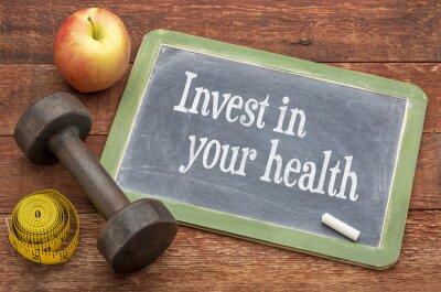 Bild Invest in your health advice on blackboard
