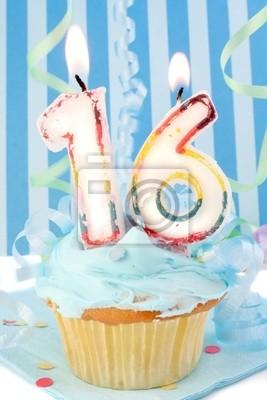Jugendliche sechzehnten Geburtstag Cupcake mit blauer Glasur