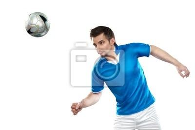 Junge Fußball-Spieler mit Ball auf weißem Hintergrund