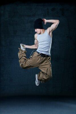 Bild Junge Hip-Hop-Tänzerin Springen